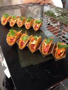 Mini tuna tartar tacos
