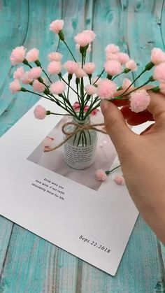 Diy Crafts For Home Decor, Diy Crafts Hacks, Diy Crafts For Gifts, Diy Arts And Crafts, Creative Crafts, Yarn Crafts, Paper Flowers Craft, Paper Crafts Origami, Diy Flowers