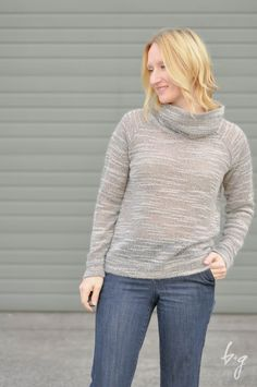 Grainline Linden Sweatshirt in sweater knit with Cowl-Neck Modification