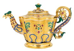A RUSSIAN PORCELAIN TEAPOT, IMPERIAL PORCELAIN FACTORY, ST. PETERSBURG, PERIOD OF NICHOLAS I, 1825-1855 Porcelain Ceramics, China Porcelain, Cute Teapot, Teapots Unique, Tea Art, Tea Service, Pottery Art, Tea Cups, Antiques