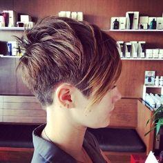 Trendy, cool und stylish: der Sidecut! 14 tolle Haarschnitte mit Sidecut ... - Neue Frisur