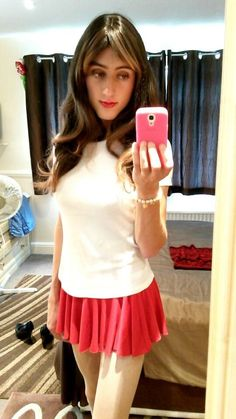 Chloe Brown - Cross-Dresser : Pictures Of Me