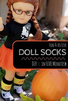 How to make holiday socks for your American Girl or 18 inch doll in FIVE minutes!  Super easy and fast craft for AG dolls.