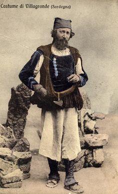 Antica foto del costume di Villagrande