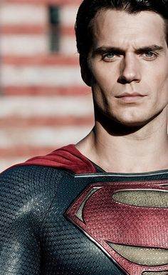 Henry Cavill Batman v Superman Wallpapers HD Wallpapers Superman And Lois Lane, Superman Man Of Steel, Batman Vs Superman, Superman Hd Wallpaper, Superman Artwork, Superman Photos, Comics Anime, Dc Comics, Best Facebook Profile Picture