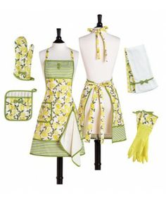 Love a cute apron, really love a cute apron with its own accessory range!