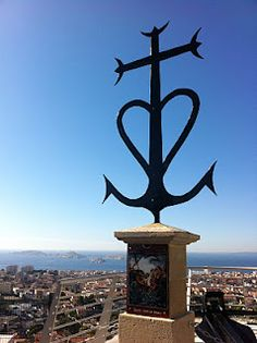 camargue cross #Camargue #water #blue #field #champs #sky #ciel #france #south #provence #Paca #tourism #tourisme #pacatourism #pacatourisme #tourismpaca #tourismepaca #provence #provencal #nature #landscape #cross #heart