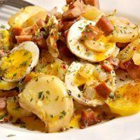 Recept : Zapékané brambory | ReceptyOnLine.cz - kuchařka, recepty a inspirace Potato Salad, Vegetarian Recipes, Potatoes, Eggs, Cooking, Breakfast, Ethnic Recipes, Kitchen, Morning Coffee