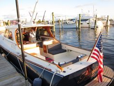 love Hinckley boats