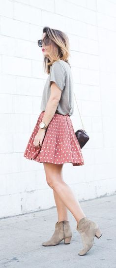 #fall #fashion / casual polka dot skirt + tee