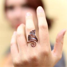 Forged Copper Ginkgo Leaf Ring, TAGT from TattooedTinker on Etsy. Metal Clay Jewelry, Copper Jewelry, Wire Jewelry, Jewelry Art, Jewelry Rings, Jewelry Accessories, Handmade Jewelry, Jewelry Design, Jewelry Ideas