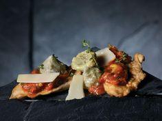 Saltimbocca de dinde aux artichauts et au gorgonzola  - Recettes | Le Dindon du Québec Baked Potato, Potatoes, Baking, Ethnic Recipes, Food, Recipes, Potato, Bakken, Meals