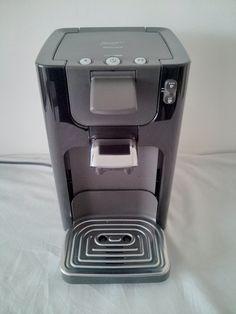 ###VENDU### Prix 60€ - Cafetière Senseo Quadrante Philips HD7864/61 (Prix d'achat 99€) - Noir titane - Capacité du réservoir 1,2 litres, posibilité 1 tasse ou 2 tasses à la fois. Deux niveaux d'intensité de goût, arrêt automatique, plateau repose tasses ajustable à la hauteur des tasses. L19*H29*P27 Peu gourmand en énergie, ce modèle Philips intègre un arrêt automatique au bout de 30 min. ENCORE SOUS GARANTIE