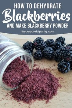 How To Dehydrate Blackberries And Make Blackberry Powder. Hoist Your Yogurt, Ice Cream, Muffins And Salad Dressings With These Easy Steps To Dehydrate And Use Blackberry Powder. Do It Yourself Food, Cocina Natural, Good Food, Yummy Food, Homemade Spices, Homemade Seasonings, Homemade Breads, Dehydrator Recipes, Fruit Dehydrator