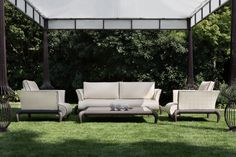 CANOPO Lounge with branded fabric by Samuele Mazza Outdoor Collection. Luxury outdoor furniture in synthetic wicker and rattan produced and distributed by DFN Srl. Suitable for #garden, #pool, #wellnessarea, #spa, #patio, #terrace, #veranda, #balcony, #sundeck, #courtyard, #porch, #lanai, #boat, #yacht and #ship. #samuelemazza #outdoorcollection #luxuryoutdoorfurniture #syntheticwicker #rattan #dfnsrl