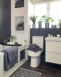 Best Gray And White Bathroom Design For Your New Bathroom Inspiration - Remodeling small bathroom can be a big challenge. Now here are lots of things that should be included. Bathroom Layout, Modern Bathroom Design, Bathroom Interior Design, Bathroom Ideas, Grey Bathroom Decor, Small Bathroom Inspiration, Tile Layout, Gray And White Bathroom, Grey And White