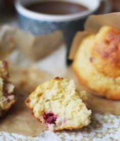 lilla matdériven: Citronhirsmuffins med bär