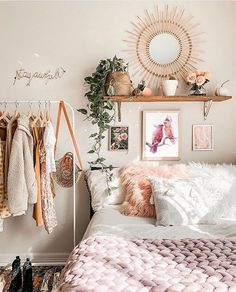Whenever we commence to beautify our bedroom in bohemian fashion decor ideas, it has ceased up crucial for you to preserve your attention on few patterned and colorful items, such as planters and the Room Ideas Bedroom, Bedroom Inspo, Bedroom Decor Boho, Boho Teen Bedroom, Boho Dorm Room, Bohemian Bedroom Design, Cheap Bedroom Ideas, Bohemian Room Decor, Boho Style Decor