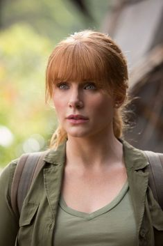 You are watching the movie Jurassic World: Fallen Kingdom on Putlocker HD. Three years after the demise of Jurassic World, a volcanic eruption threatens the remaining dinosaurs on the isla Nublar, so Claire Dearing, the former park Jurassic World Claire, Jurassic Park 3, Jurassic World Fallen Kingdom, Jurassic World Actors, Jurassic Park Costume, Lego Jurassic, Bryce Dallas Howard, Karla Zousa, Claire Dearing