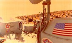 September 3, 1976: Viking 2 Lands on Mars - Viking 2 took this self-portrait. Photo: NASA