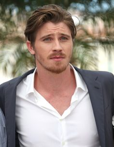 garrett hedlund was an actor before he became a country singer