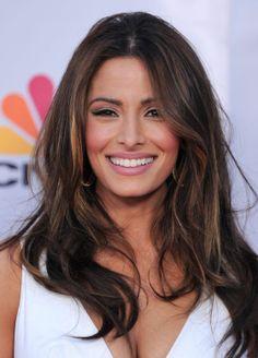 Sarah Shahi- dark hair with highlights; nude makeup/ winged liner