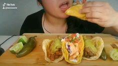 Asmr Video, Carne Asada, Fish Tacos, Food Videos, Feel Good, Relax, Ethnic Recipes, Al Pastor, Roast Beef