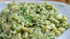 Imagen: www.baroneriso.it   Necesitamos   - Para el risotto   500 gramos de arroz  1 trozo de cebolla  50 gramos de mantequilla  1 litro d...