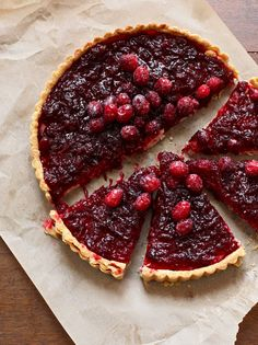 Cranberry makes for a delicious dessert flavor. Add this cranberry tart to your Thanksgiving dessert table, and everybody will be happy. Fall Desserts, Just Desserts, Delicious Desserts, Yummy Food, Pie Dessert, Dessert Recipes, Dessert Table, Thanksgiving Recipes, Holiday Recipes