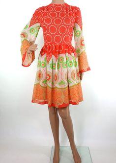 Beautiful 60s Psychedelic Print Mini Dress With by HuzzarHuzzar