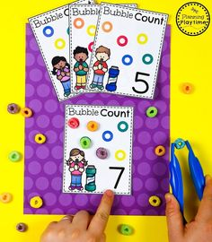 Fun Cereal Counting Cards for Preschool Math Activities For Toddlers, Bubble Activities, Preschool Centers, Preschool Curriculum, Preschool Classroom, Montessori Preschool, Montessori Elementary, Number Activities, Elementary Teaching