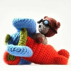 Airplane and Pilot Cat amigurumi pattern by MysteriousCats