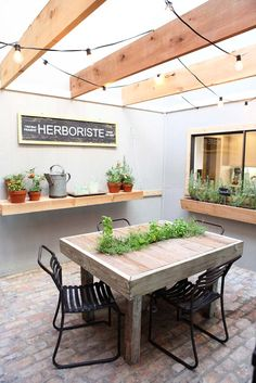 Indoor Garden/Sunroom on HGTV's Fixer Upper--love this idea!  #table