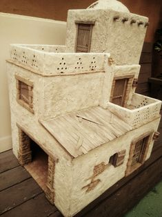 Fascinating suggestions to discover Clay Houses, Miniature Houses, Homemade Dollhouse, Large Bird Houses, Perspective Art, Minecraft Designs, Bubble Art, Dollhouse Kits, Christmas Nativity