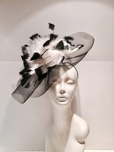 Derby Horse Race, Black Fascinator, Headpiece, Black And White Hats, Fun Walk, Derby Day, Cocktail Hat, Wedding Hats, Outfits With Hats