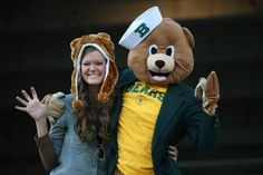 That's an incredible #SailorBear costume! #SicEm