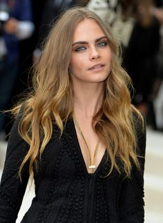 Cara Delevingne attends the Burberry Prorsum Spring 2016 show on September 21, 2015
