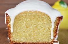 Computer Cake, Plum Cake, Pan Dulce, Healthy Desserts, Vanilla Cake, Love Food, Sweet Recipes, Cupcake Cakes, Bakery