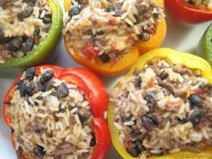 Make them a lot AND they are EASY! I usually substitue ground beef for ground turkey! Add some salt and maybe while cooking to give it more flavor Mexican Food Recipes, Beef Recipes, Healthy Recipes, Easy Weeknight Meals, Quick Easy Meals, Mexican Stuffed Peppers, Great Recipes, Favorite Recipes, Veggie Delight