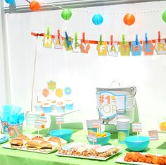 Go all out for Father's Day with these cheerful & bright barbecue decoration ideas. A barbecue just for him, what more could Dad want on Father's Day? Moustache Party, Father's Day Celebration, Father Knows Best, Birthday Desserts, Father's Day Diy, Dad Day, Bbq Party, Party Themes, Party Ideas