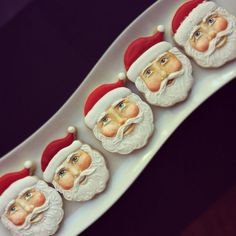 Santa cookies by the incredible Arty McGoo. Repinned by www.mygrowingtraditions.com