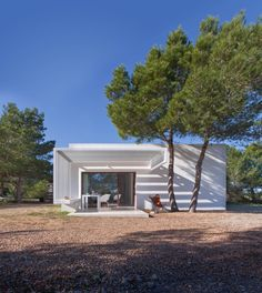 House 8 x 8 in Formentera, by Marià Castelló/ Spain