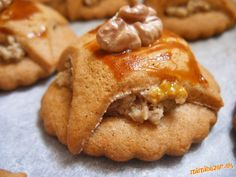 Kamiline plnené medovníčky Snack Recipes, Snacks, Apple Pie, Peanut Butter, Chips, Desserts, Food, Snack Mix Recipes, Tailgate Desserts