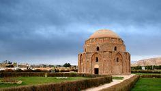 Jabaliyeh Dome ( Kerman ) http://www.iranparadise.com/en/gallerygroup/gallery/28