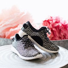 These fake yeezy tennis shoes are a must have!