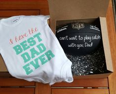 Best Dad Football and Onesie Package Pin for Later: 19 Spot-On Pregnancy Announcement Gifts For Brea Football Pregnancy Announcement, Pregnancy Announcement To Husband, Surprise Pregnancy, Pregnancy Test, Women Pregnancy, Surprise Baby, Pregnancy Clothes, Pregnancy Style, Pregnancy Shirts