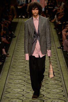 Burberry Fall 2016 Ready-to-Wear Fashion Show - Tre Samuels