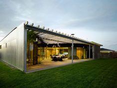 W1siziisijuynzg1n2q2ogezodm4mzbindawmda1msjdlfsiccisinrodw1iiiwinzq2edq5nyjdxq Arches, Pergola, Sweet Home, Architecture, Outdoor Decor, House, Design, Home Decor, Arquitetura