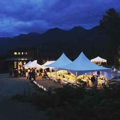 fabulous vancouver wedding Looking for a unique, modern, mountaintop location for your wedding? Contact us and set up a viewing today! #vancouverweddingplanner #weddingplanner #outdoorwedding by @american_creek_lodge  #vancouverwedding #vancouverwedding