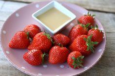 Jordbær med sukkerfri karamellsaus